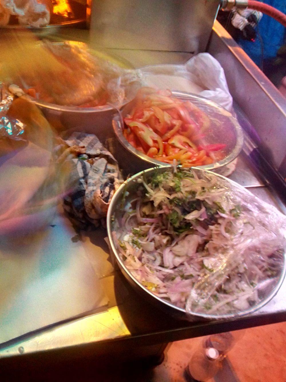 Relishing Barbecue 'Shawarma Style': Review-Shawarma Hut, Shawarma